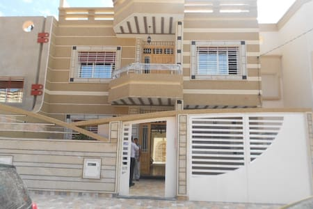 Large house in Oujda Morocco - Oujda - Apartment
