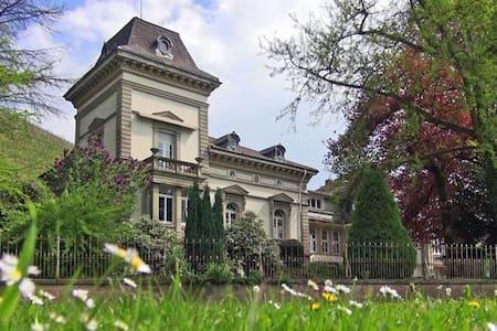 Nostalgie pur: Wohnen in einer Jugendstil-Villa - Gengenbach
