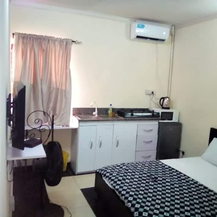 Studio3 in Lekki with free unlimited wifi and dstv