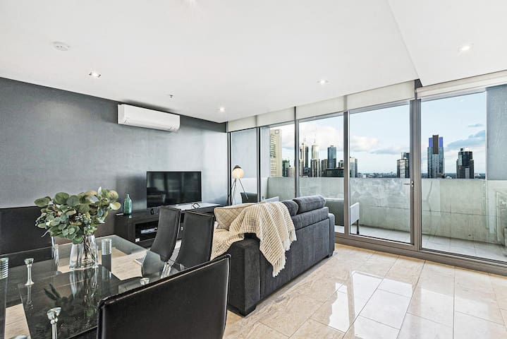 *SANITISED* Casino fires + Cityscape Views! Modern Apartment [NETFLIX + Free Parking]