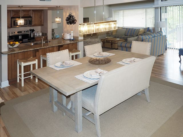 """A """"WOW"""" factor-Palmetto Dunes Retreat in Turnberry"""