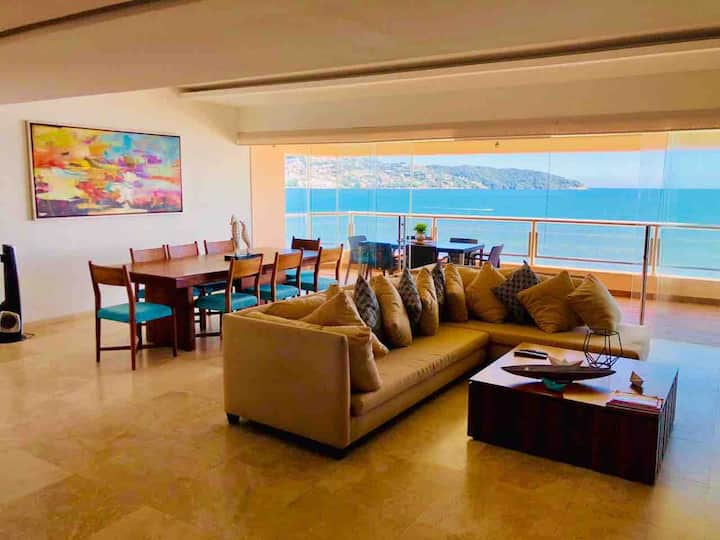 Rento hermoso departamento en Acapulco con playa