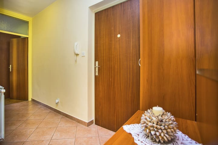 Holiday apartment Gortanova near beach and sea