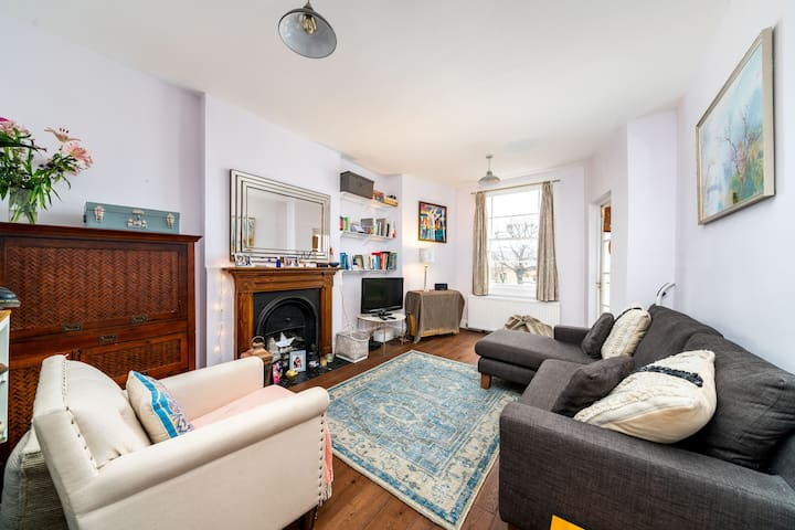 Victorian Property located Camden Town/Kings Cross