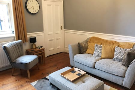 Stylish room in Jesmond Vale