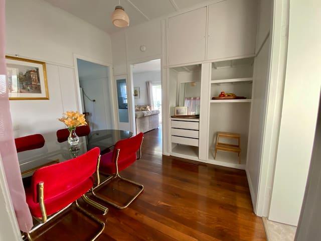 Outlook on Eleventh - Beach House w Ocean Views