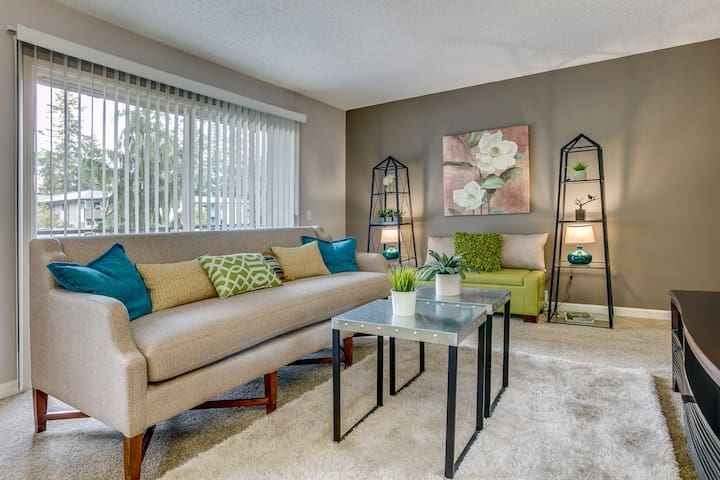 A place of your own | 2BR in Bellevue