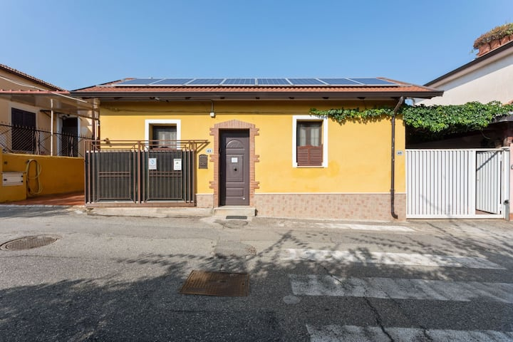 Appealing Villa in Villa San Giovanni with Garden