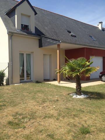 Maison familiale à 10 minutes d Angers centre