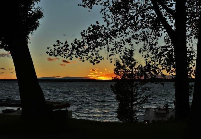 Cottage 8 - Cribs on East Lake
