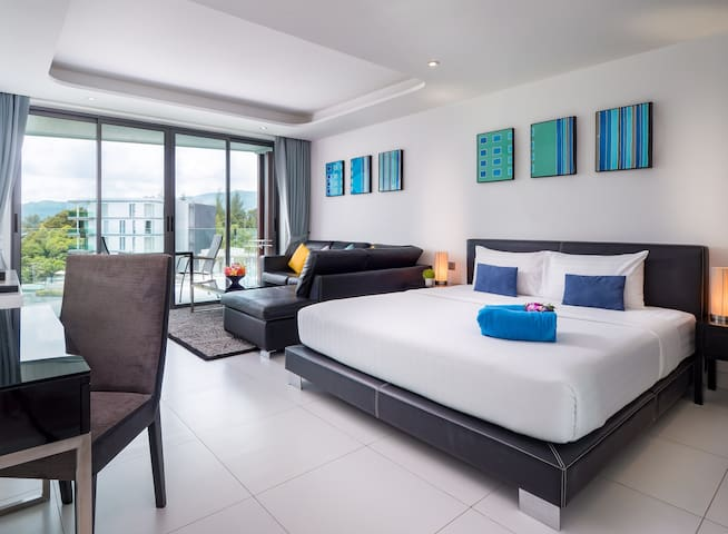 Luxury Studio Sea View by Letsphuket Twin Sands Resort Spa, Patong, Phuket