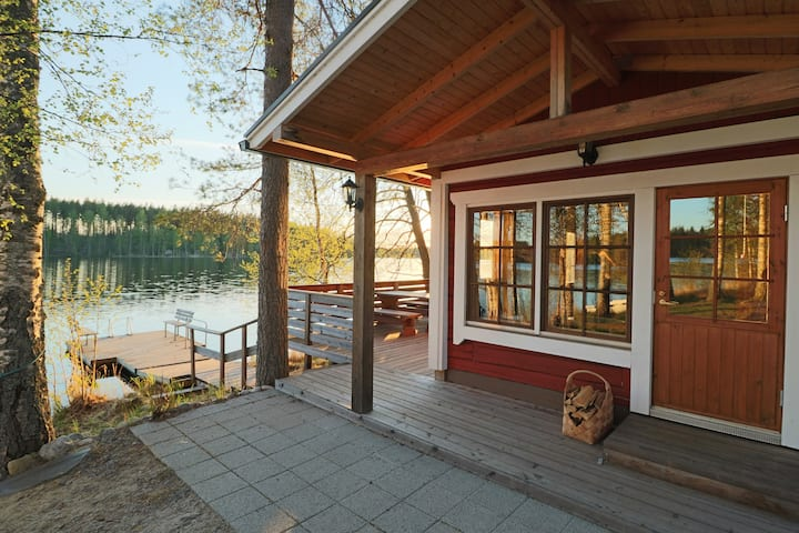 Lakeshore cabin and sauna