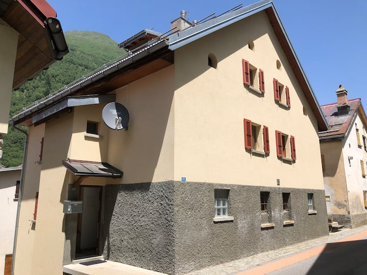 Casa Alma Airolo-Fontana