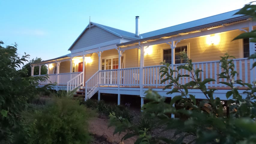 Leda Lodge - pet friendly - Bridgetown - Casa
