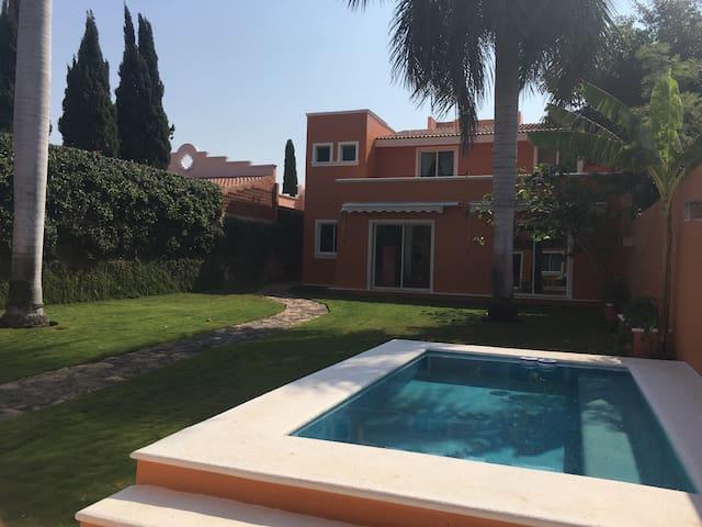 HOME SWEET HOME (desde 1 a 4 personas) - Mérida - House