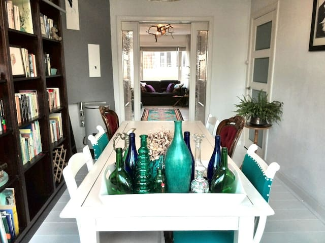 Bright appartment near beach with en-suite doors - Den Haag - Appartement