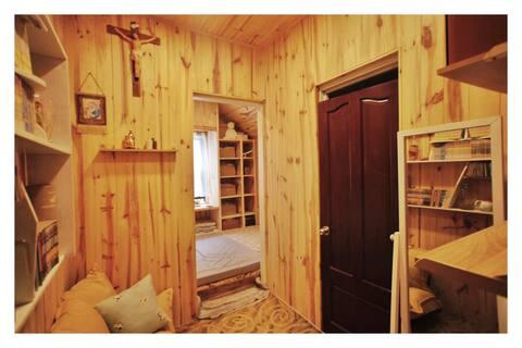 CarpeDIEM DALAT - Wood Paneled Room