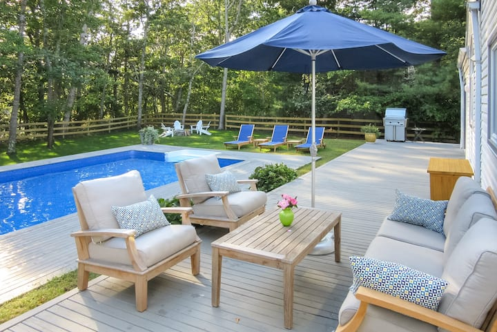 Bridgehampton Pristine Designer Home Heated Pool