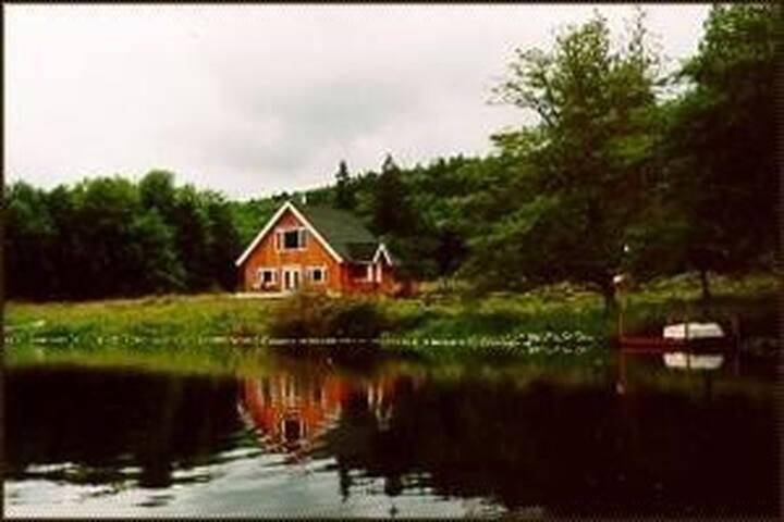 The Leland Lake House - Quilcene - Rumah