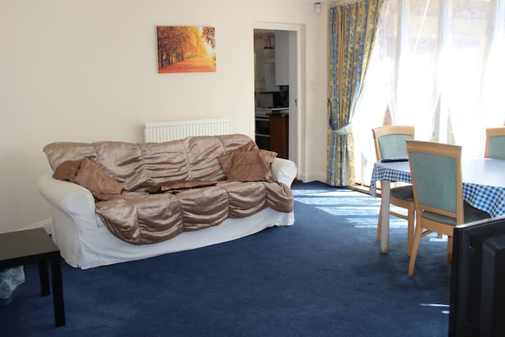 Holiday Apartment in Brampton Cambridgeshire