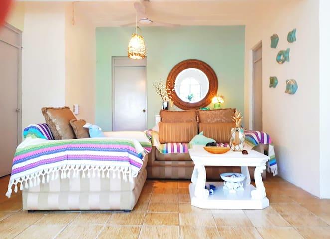 Amplia habitacion cerca de la playa