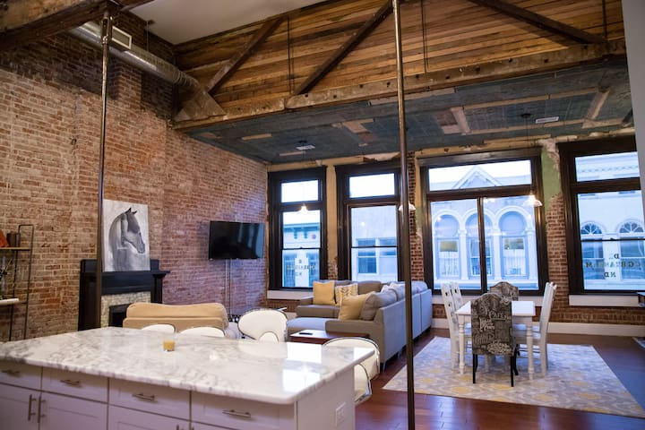 Le Coop Luxury Loft on the Bourbon Trail - Shelbyville - Loteng