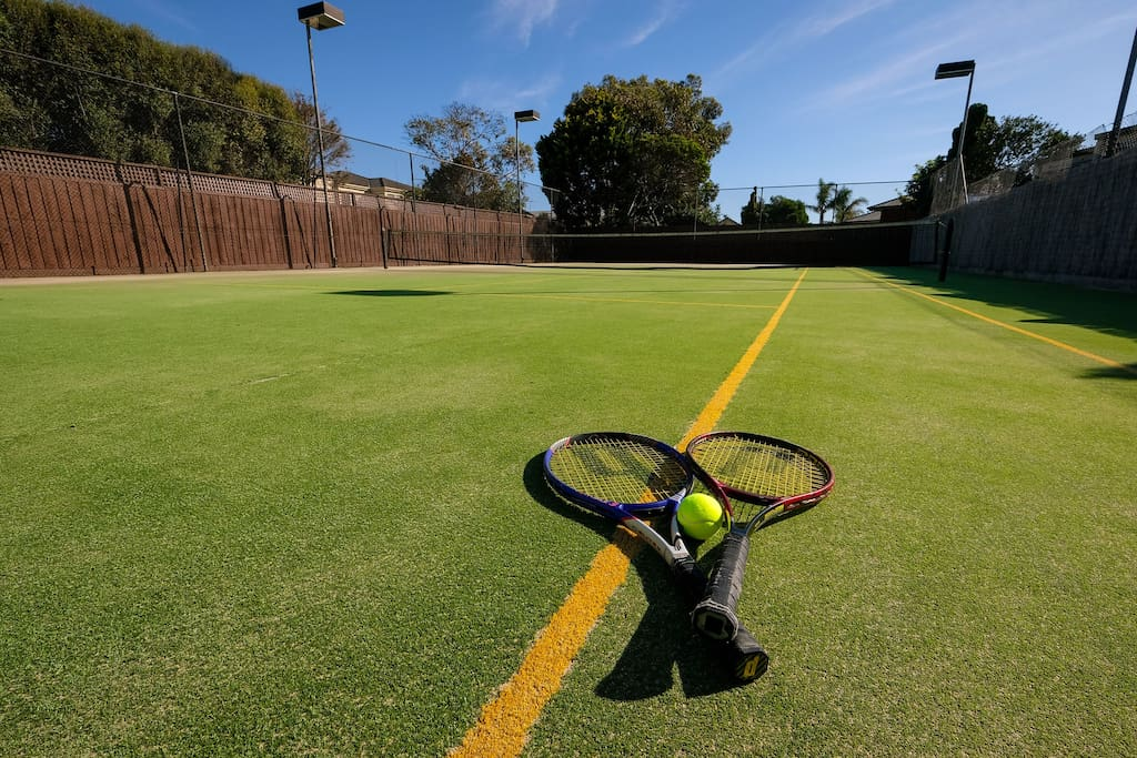 Whitesbeach Property - tennis court