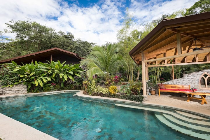 Casitas Del Rio -Riverview apartment