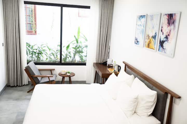 Charming Room★ 5 mins to My Khe Beach★Rooftop Pool