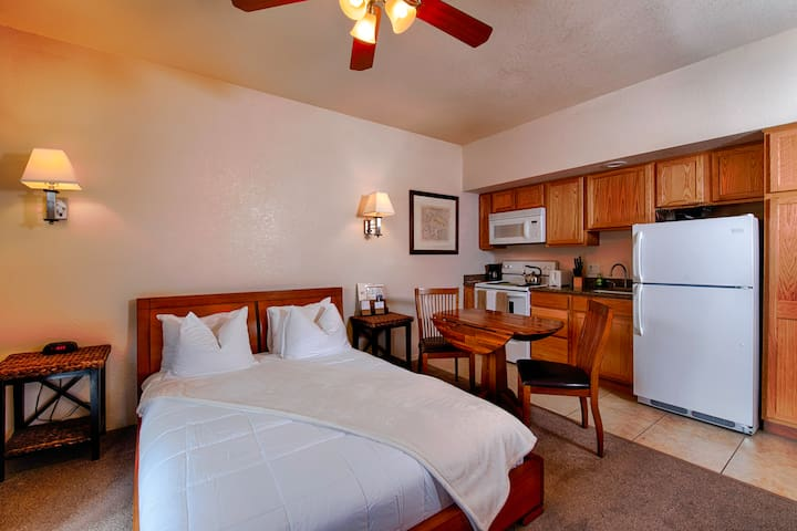 Comfortable Studio - Minutes from Grand Canyon