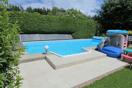 Acogedor apartamento en Wernberg con piscina