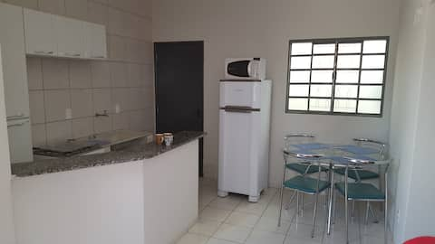 Casa 3 em Anápolis-Go. Com garagem.
