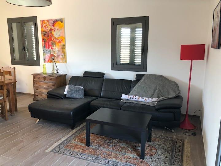 Appartement au calme au milieu des oliviers