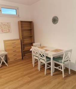 Two rooms apartment, long stays allowed