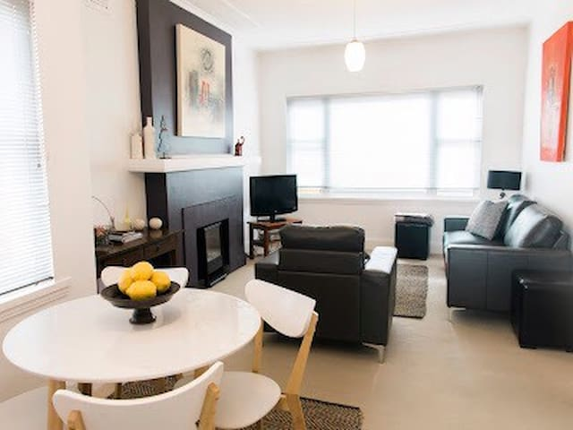 Charles St Deco Apartment 2 - Launceston - Lägenhet