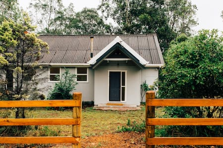 Hebron Farm Cottage - sanctuary on the Colo River - Lower Portland - Huis