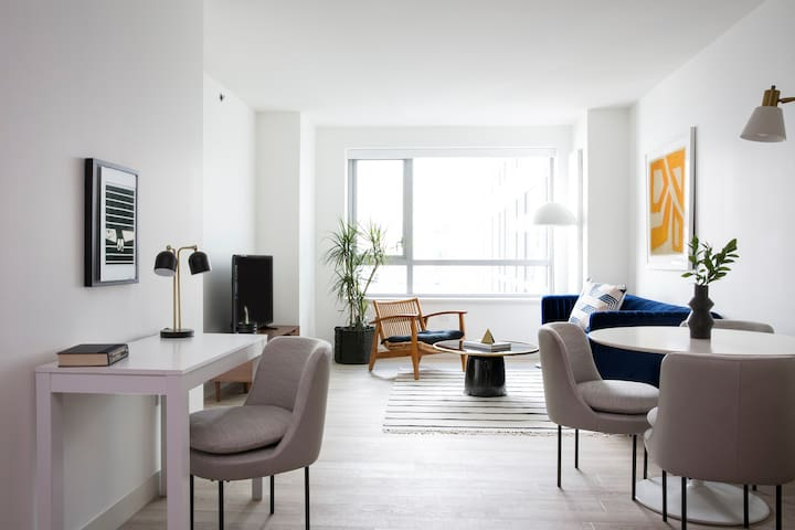 Sonder | 8th Apartments | Bright 1BR + Rooftop