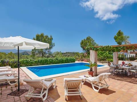 Villa Salada Ibiza. BUENA UBICACIÓN
