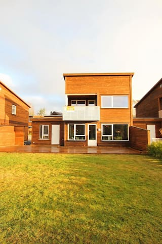 Casa Valbø - Grimstad - Rumah