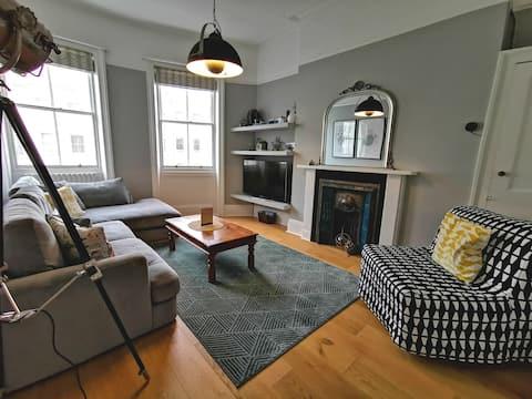 Luxury Apartment in Brightons Best Location