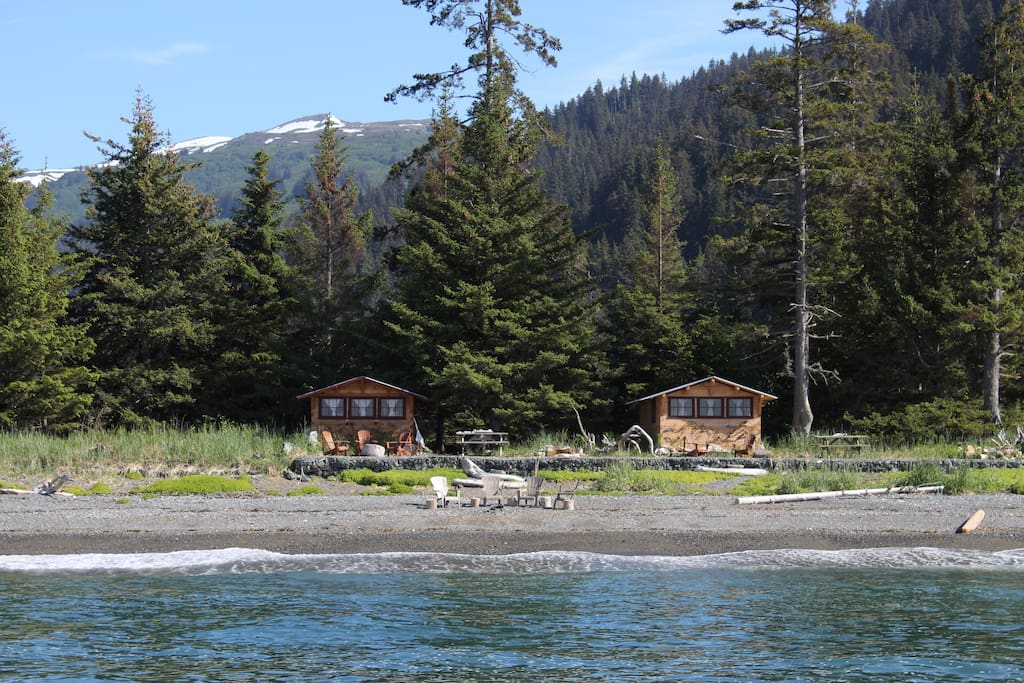 The Cannery Cabin and Fishermans cabin nestled in the trees yet still spaciously set apart offering  guests both privacy but also convinent for group travelers.