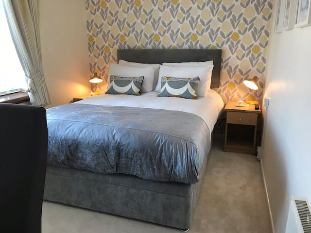 Cosy small double room in Padstow