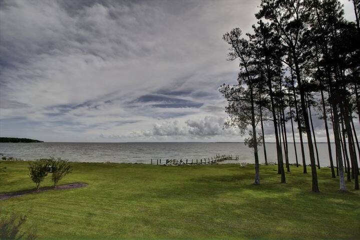 Views of the Neuse River and Private Beach