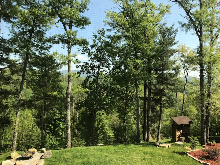 Nantahala Mountain Retreat I