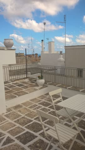Terrasse , vue sur mer