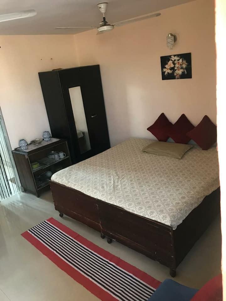 Studio flat in south delhi