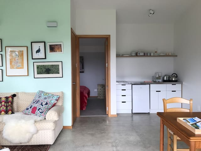 Eco modern annex apartment - Matakana