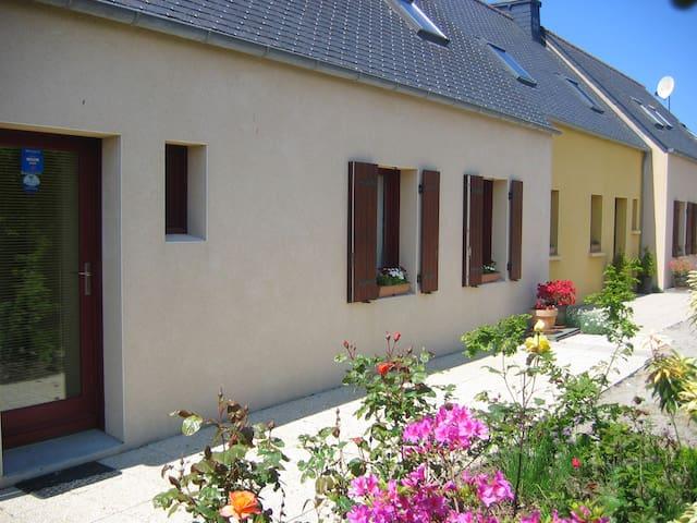 Chambre d'hôtes, bord du GR34 Aber-Ildut Finistère