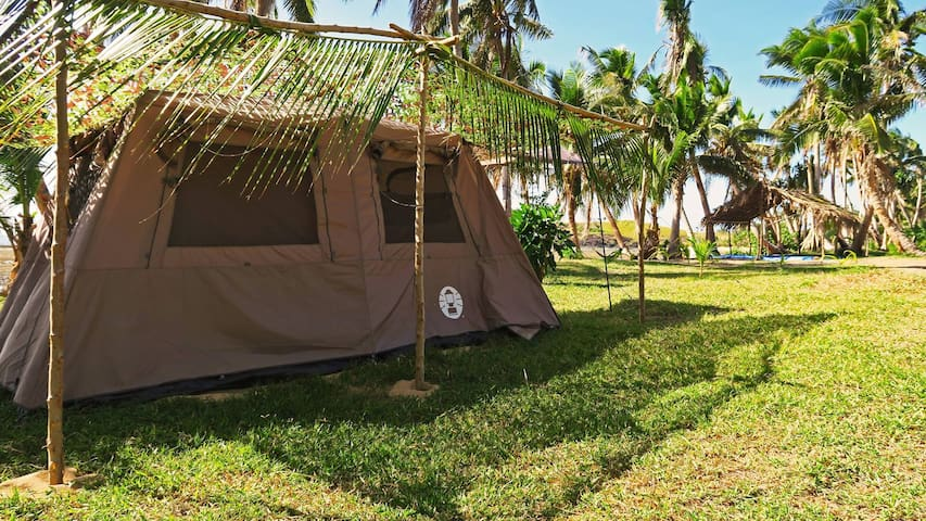 Isa Lei Budget Glamptent 3