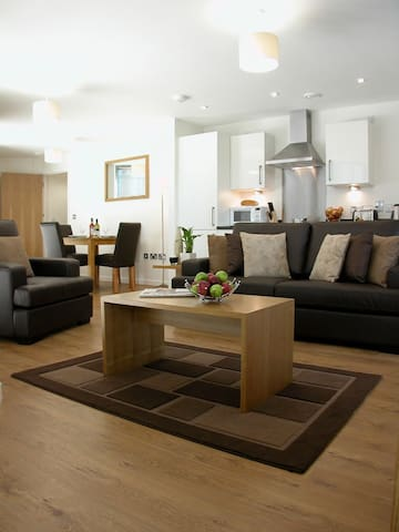 3 Bedroom Apartment Liverpool One